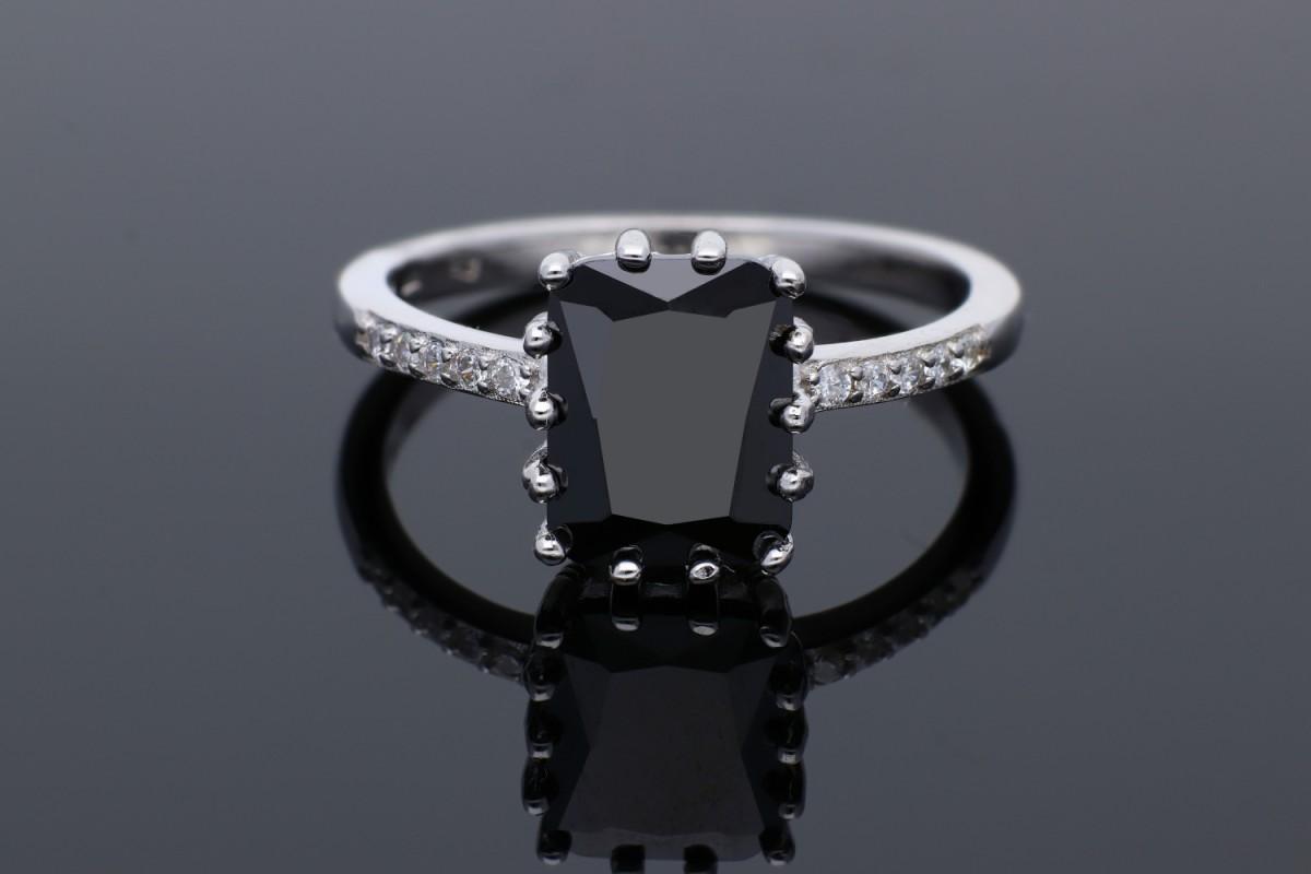 Inel argint 925 piatra neagra