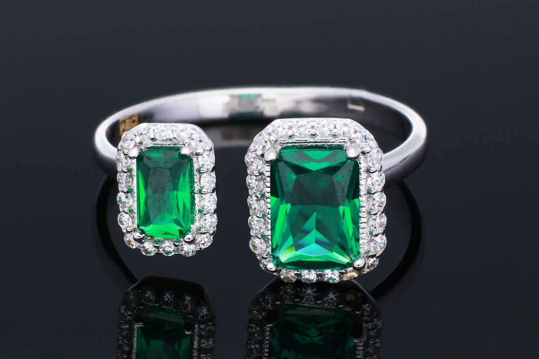 Inel din aur 14K alb zirconia smarald usor reglabil