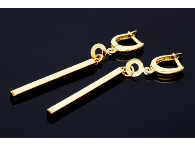 Bijuterii modele abstracte cercei aur cu pandant