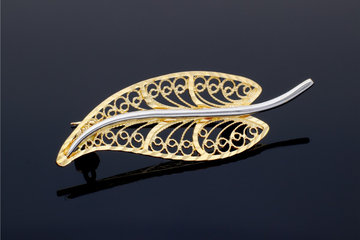 Cadouri femei brosa frunza filigran aur 14k