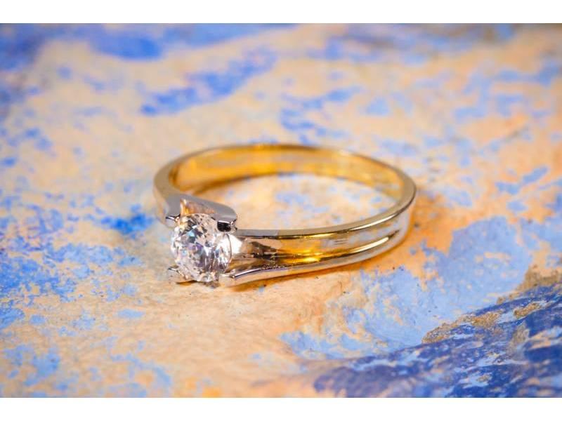Inel aur bijuterii solitaire de logodna
