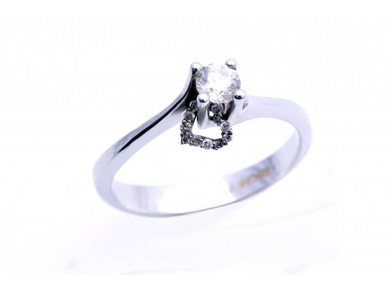 Inel de logodna inimioara cu diamante aur 18K