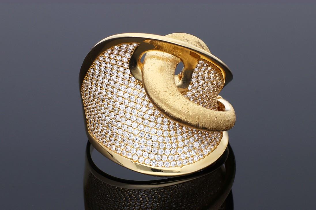 Inel din aur 14K galben pietricele