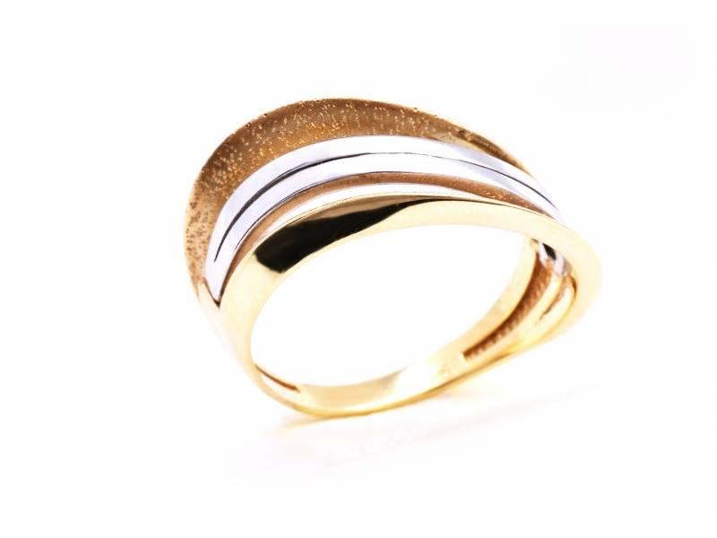 Inele din aur cadou deosebit  bijuterie