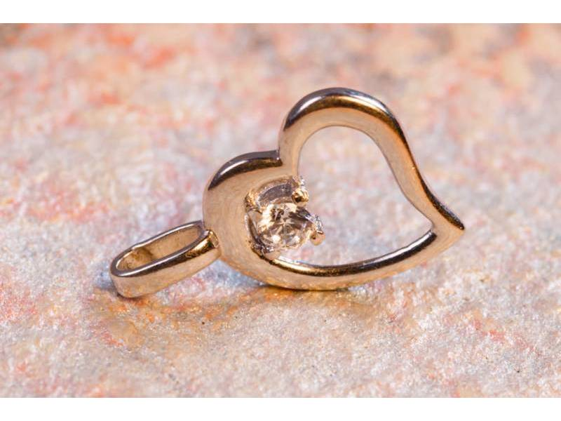 Bijuterii aur - Medalioane din aur 14K alb inimioara
