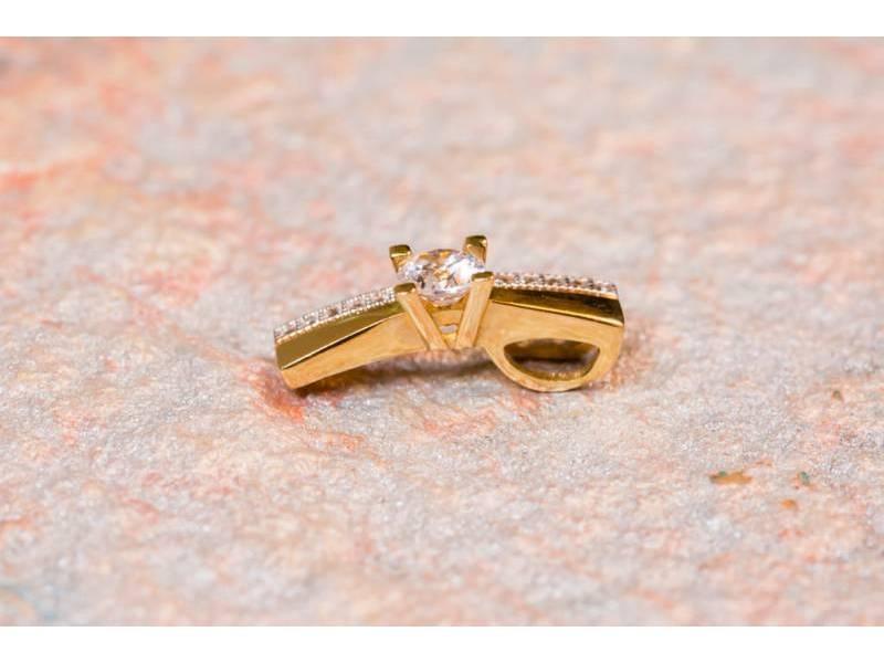 Set aur bijuterii 14K inel,cercei si pandant