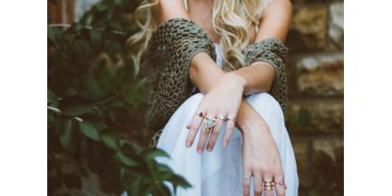 Cum să porți mai multe inele în același timp