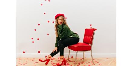 Ținuta de Ziua Îndrăgostiților/Dragobete: ce accesorii să alegi ca să te simți cea mai frumoasă