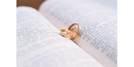 Bijuterii pentru cupluri. Ce semnifică și ce modele să alegi