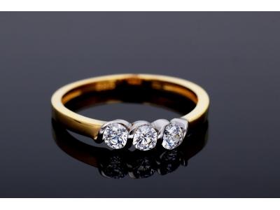 Inel aur 14K 3 cristale zirconia