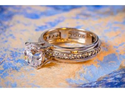 Inel aur logodna model antistres 1 rand de zirconii